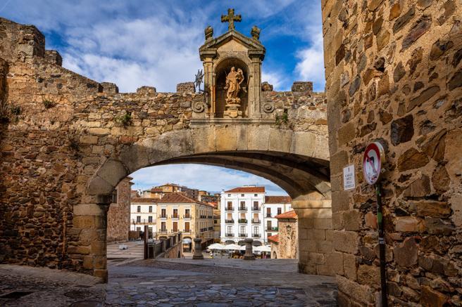 Seis Curiosidades Turísticas de la Ciudad de Cáceres